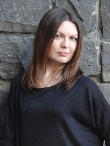 Katya de Becerra